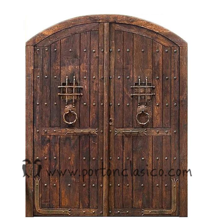 Catálogo de Puertas Rústicas y Portones de Madera | Portón Clásico
