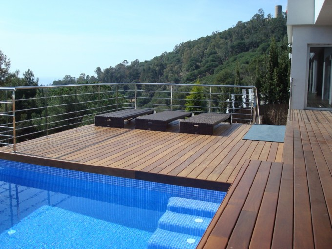 Tarimas para piscinas for Madera para piscinas