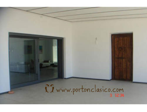 Rustic door round in Almeria