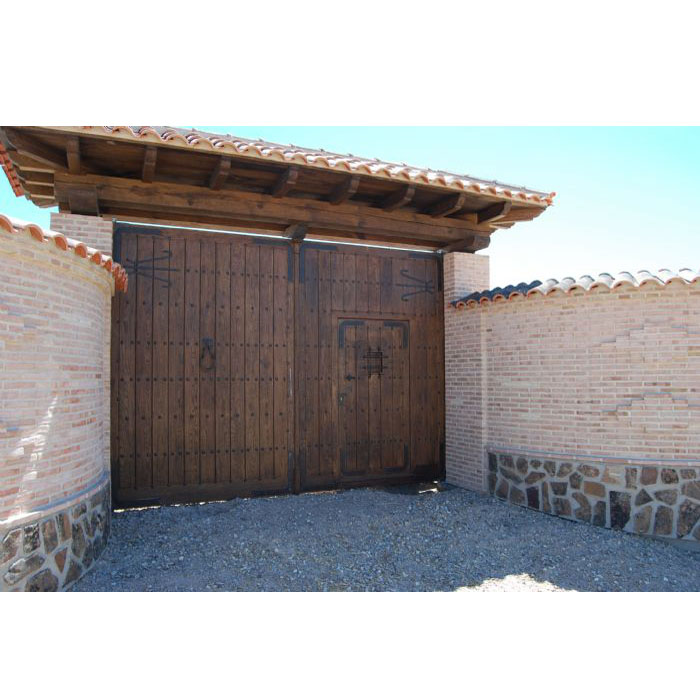 Gate Zarauz in Ciudad Real