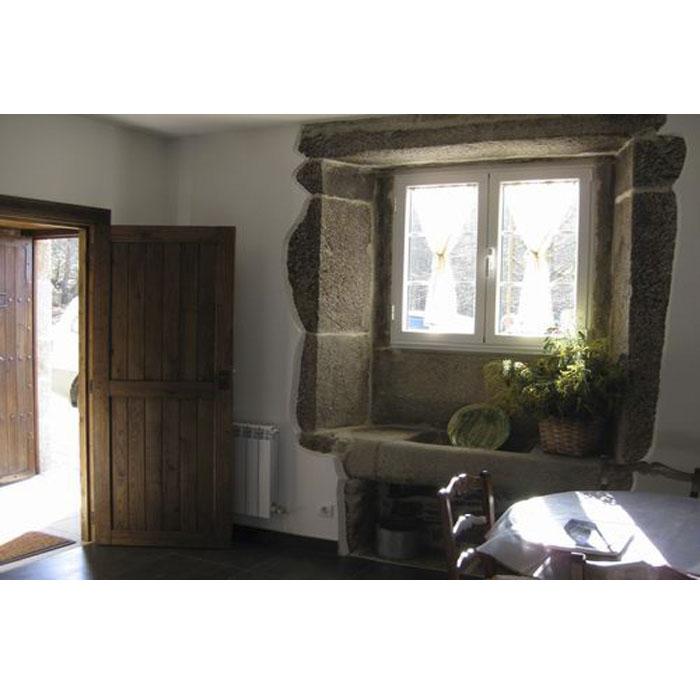 Porta interior Guadamur na Galiza
