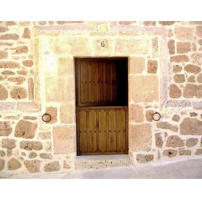Puerta rústica partida Ambrosia (Burgos)