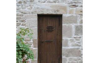 puerta-rustica-zarauz-en-cantabria