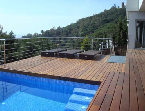 Pallets for swimming pools
